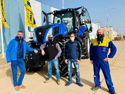 AGROFERBA entrega su primer T8 Genesis en León